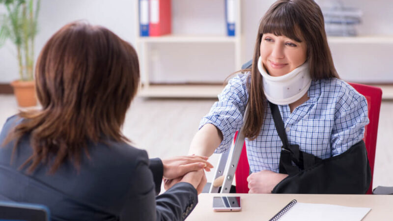 Personal Injury Lawyer Helps You as an Accident Victim